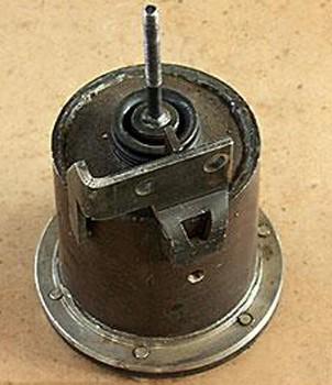 2256010-35.07.10-2 Энергоаккумулятор трактора К-702, К-744