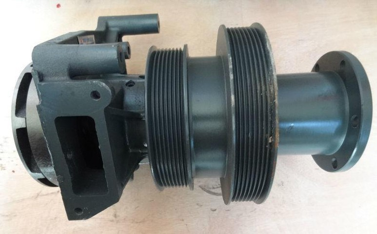 Насос 612600060726 двигателя WD615 Weichai (Вейчай)