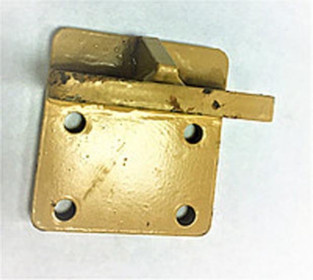 Кронштейн правый B7626-1001140 двигателя YC6108/YC6B125 Yuchai (Ючай)