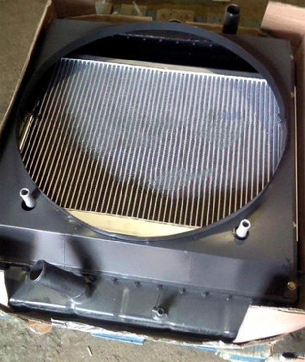 Радиатор 800101763, XGSX01-07 двигателя YC6B125 Yuchai (Ючай)