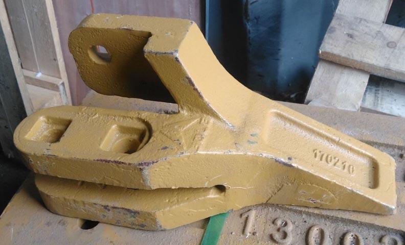 Зуб ковша правый 29170019691, 29170039961 погрузчика SDLG LG952, LG953, LG956