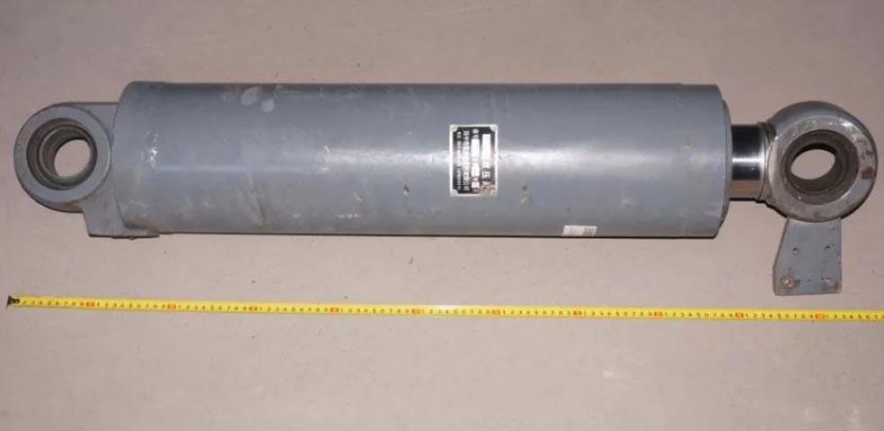 Гидроцилиндр ковша Z3G.10.1 погрузчика XCMG ZL30, ZL50