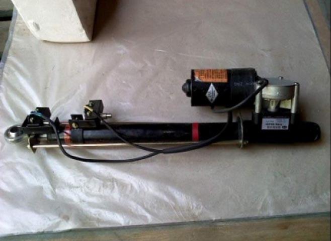 Механизм подъёма капота 526G.12.2A погрузчика XCMG ZL30G, ZL50G