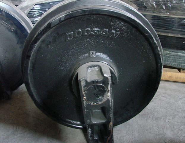 Колесо направляющее 2270-1108 Doosan SOLAR 220LC-V